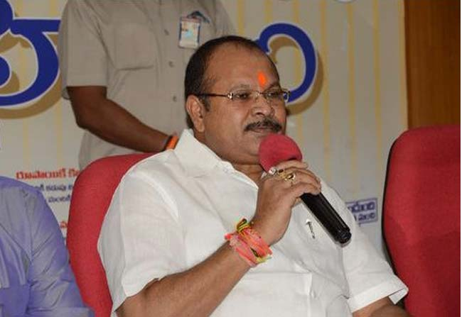 bjp-leader-kanna-lakshminarayana-decides-to-play-a-safe-game