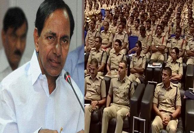 CM KCR praises Telangana police officers