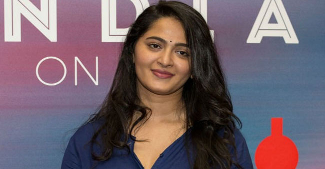 ,Anushka Defends Heroes Remunerations higher Than heroines