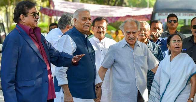 Sinha's--meets-Mamata-Baner
