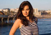 Evelyn Sharma gets Chance in Sahoo movie