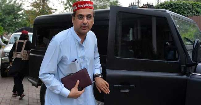 Haroon Ahmed Bilour among 13 killed at Pakistan election rally bombing