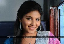 anjali beats her director the set