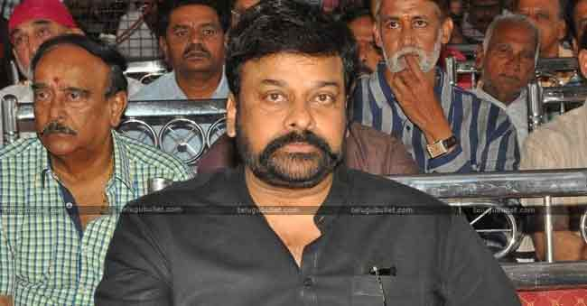 Chiranjeevi steps in maa controversy