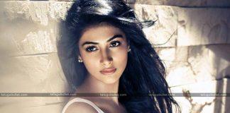 Pooja Hegde First Salary 200 Rupees