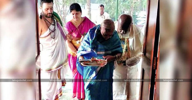 deve gowda recent house opening