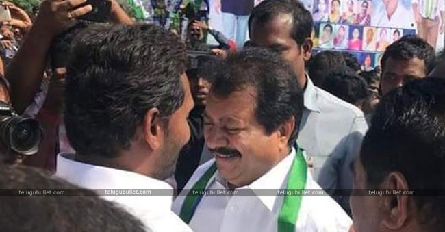 Gurunath Reddy Joins In YCP Again