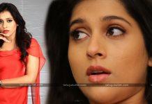 Rashmi Gautam Bold Reply To A Fan On Cleavage Show
