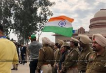 People Gathering for Abhinandan In Wagah Border