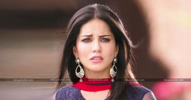Sunny Leone Cried In Arbaaz Khan Show