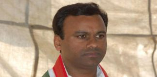 is komati reddy also leave congress