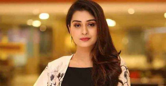 payal rajput changing into prostitute