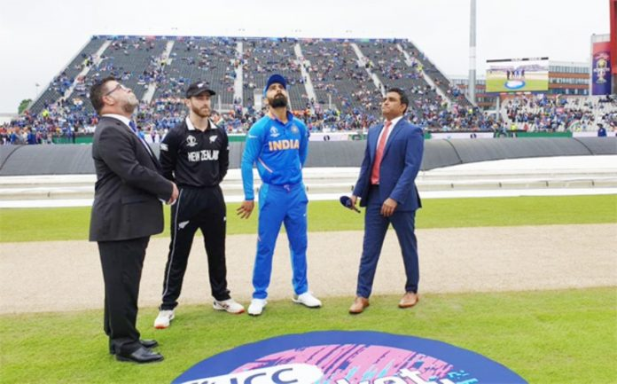 newzeland won the toss and elected to bat