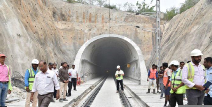 longest tunnel in railway